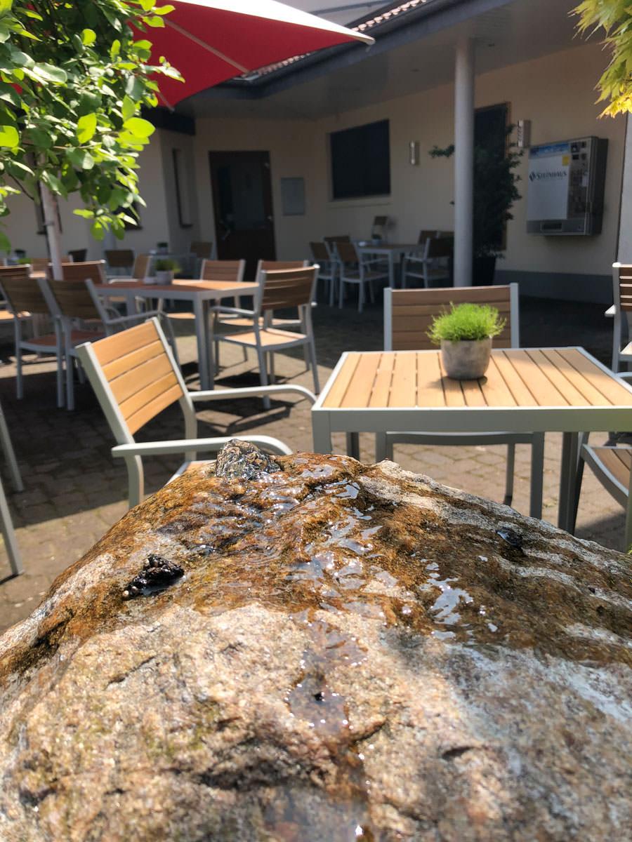 Restaurant und Hotel Hollmann in Halle Westfalen, gemütlicher Außenbereich